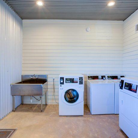 Buddys Backyard RV Resort laundry
